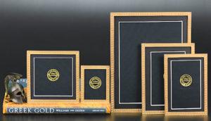 El;ias Fine Gold Patina Frames